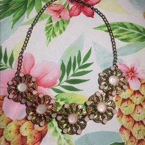 New York & Co statement necklace